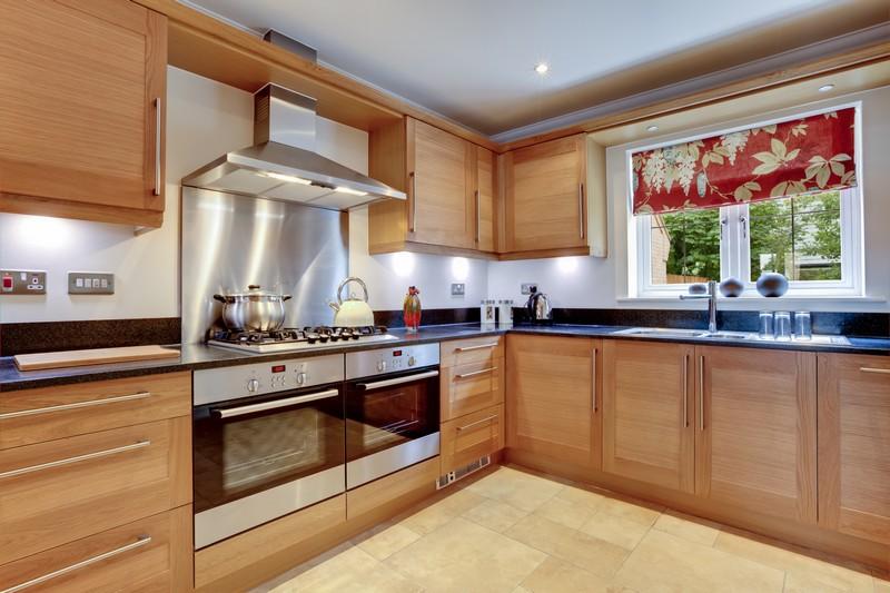 Přemýšlejte při návrhu kuchyně při rozmístění spotřebičů, zdroj: shutterstock.com