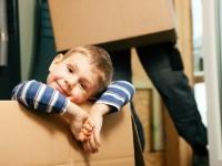 Stěhování za mrací je mezi mladými stále častější, zdroj: shutterstock.com